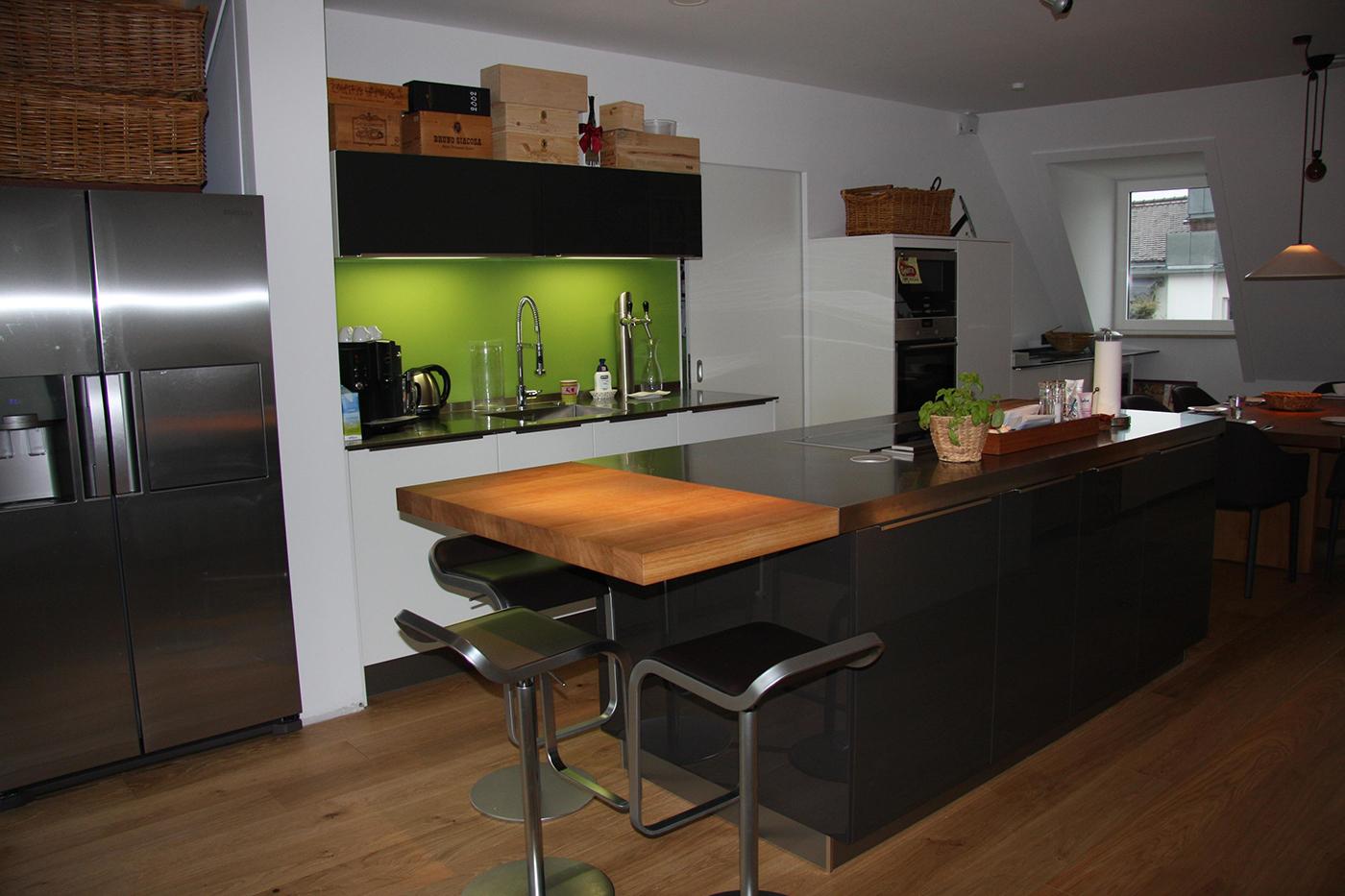 home maria reeb k chen design. Black Bedroom Furniture Sets. Home Design Ideas